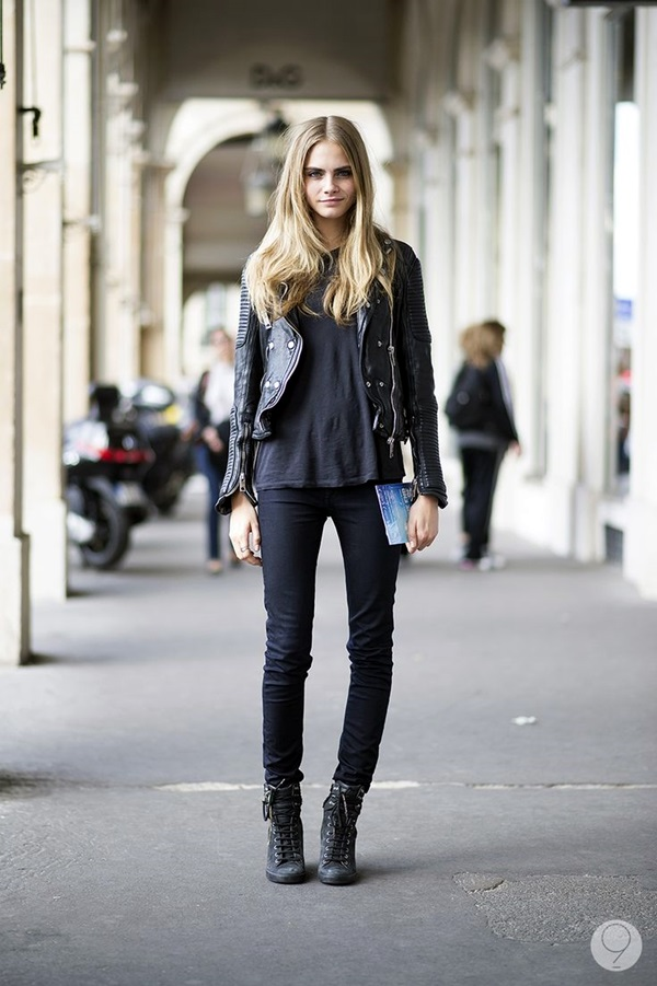 All Black Outfits Ideas for Teens (34)
