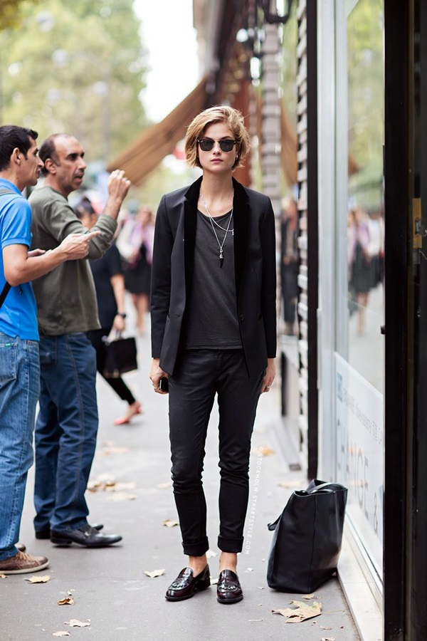 All Black Outfits Ideas for Teens (38)