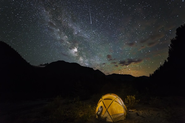 Meteor Shower Photography Ideas (18)