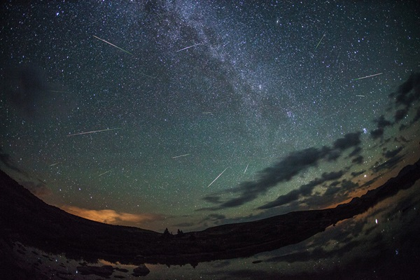 Meteor Shower Photography Ideas (26)