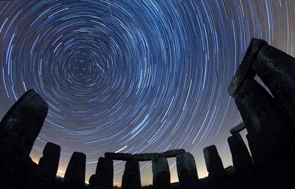 Meteor Shower Photography Ideas (31)
