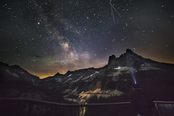 Meteor Shower Photography Ideas (37)
