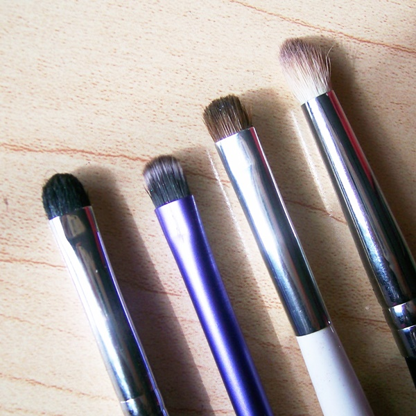 Makeup-Brushes-and-All-You-Need-to-Know-About-Them